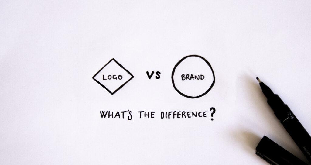 Oakfold Design logo vs brand header